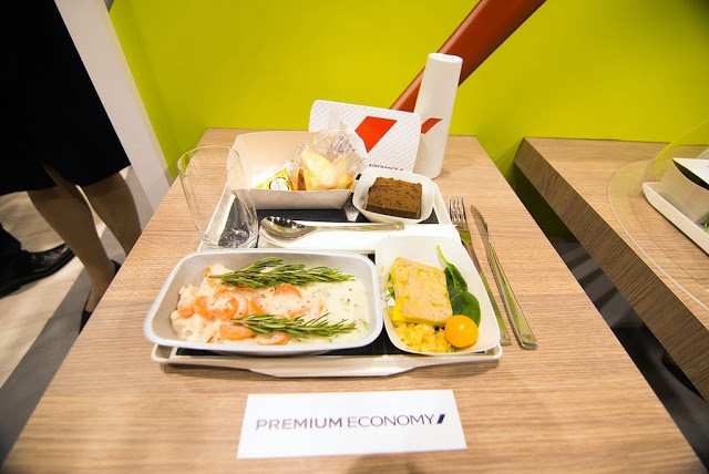 Air_France_Premium_Economy_meal_DSC_4996.jpg