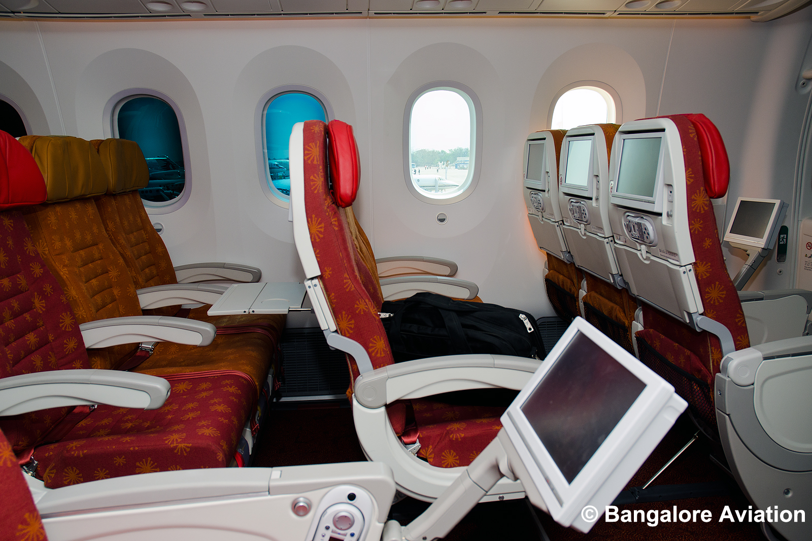 Photos And Videos Air India S Boeing 787 8 Dreamliner Cabin Interiors Revealed Bangalore Aviation