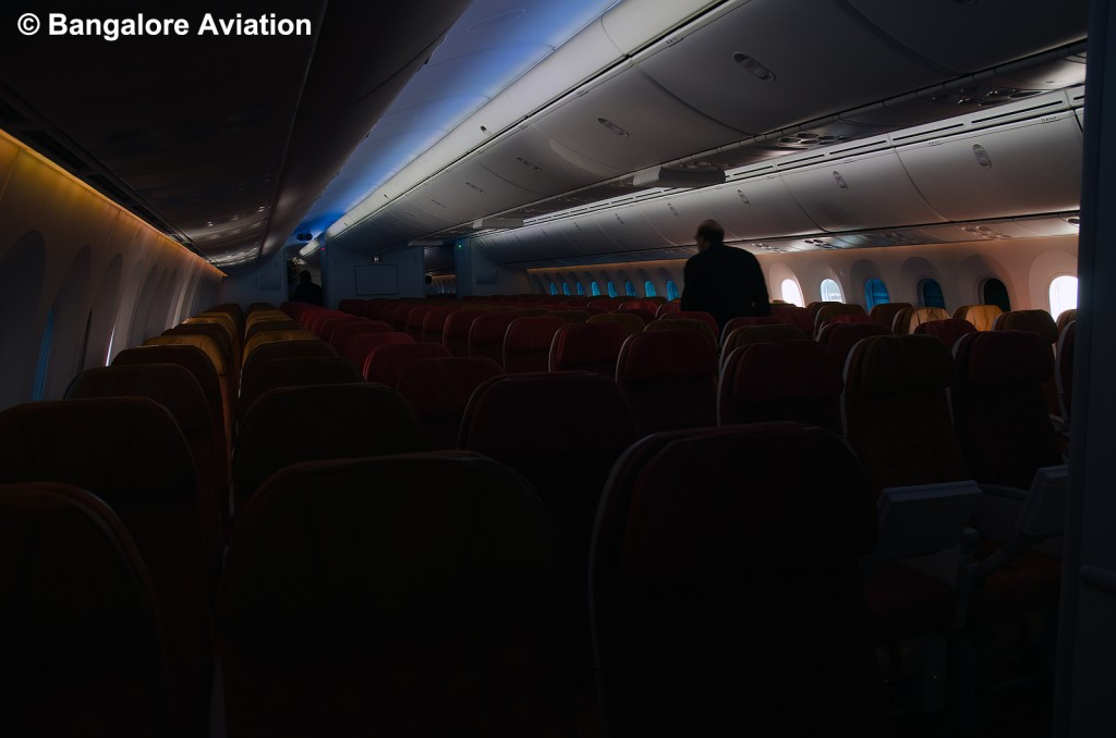 Air_India_787_Dreamliner_Economy_Class_Sky_Interior