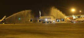 Video: Singapore Airlines' first Airbus A380 service to India, New Delhi IGI airport