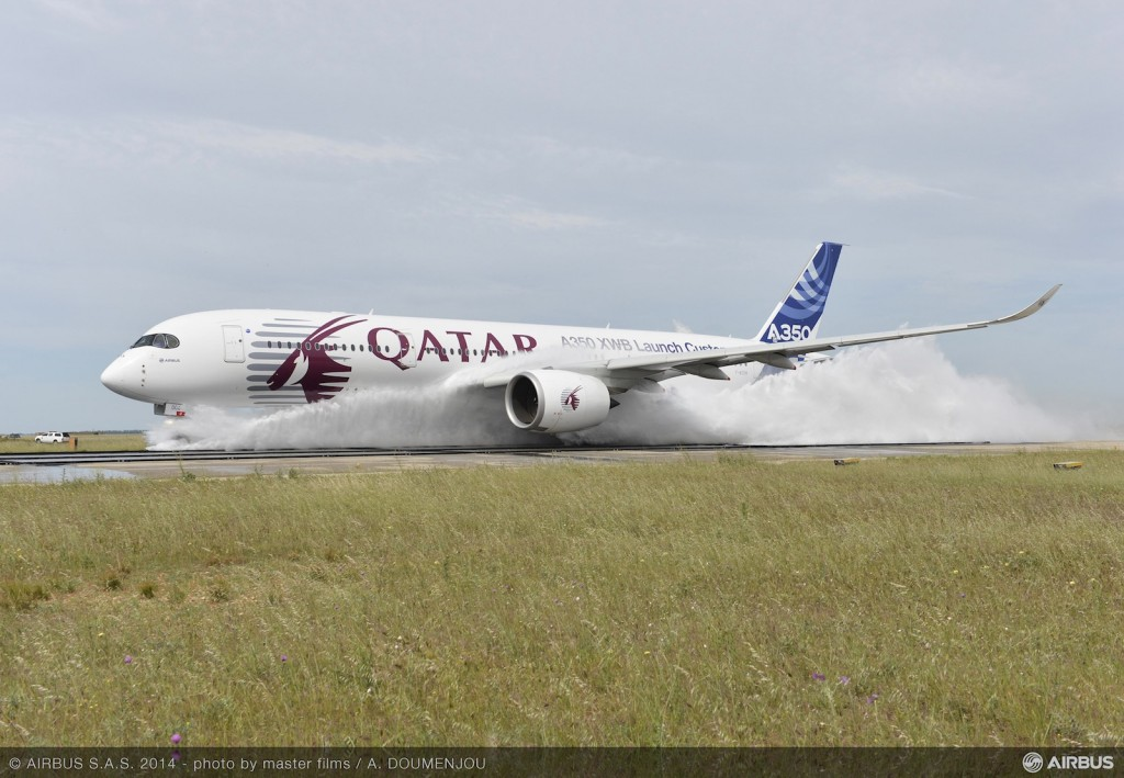 Airbus_A350_XWB_water_ingestion_test_2