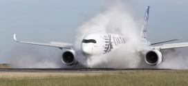 Airbus_A350_XWB_water_ingestion_test_2