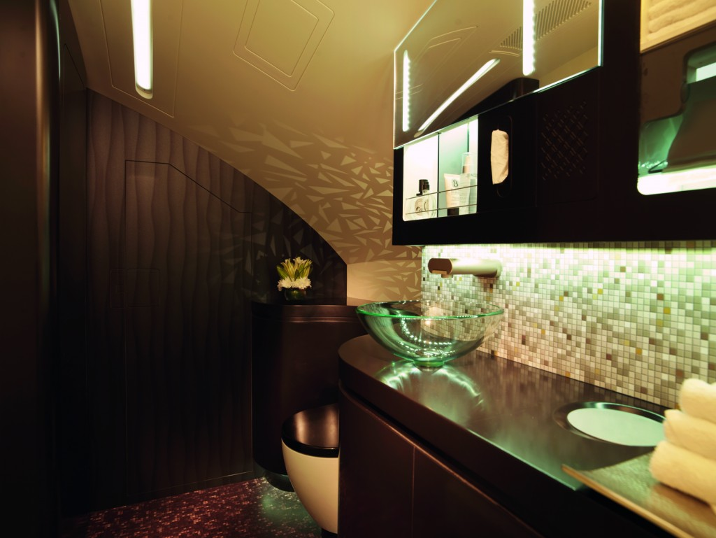 Etihad A380 First Class bathroom and show. Picture courtesy Etihad Airways