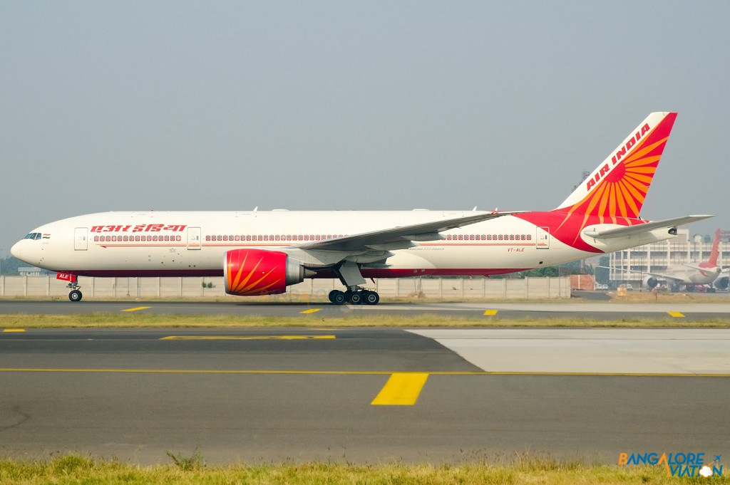 VT-ALE_Air_India_Boeing_777_200_LR_VIDP