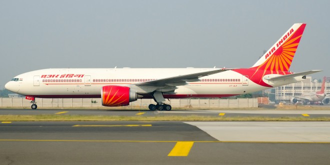 Air India Boeing 777-200LR VT-ALE at New Delhi Indira Gandhi airport. Image copyright Vedant Agarwal