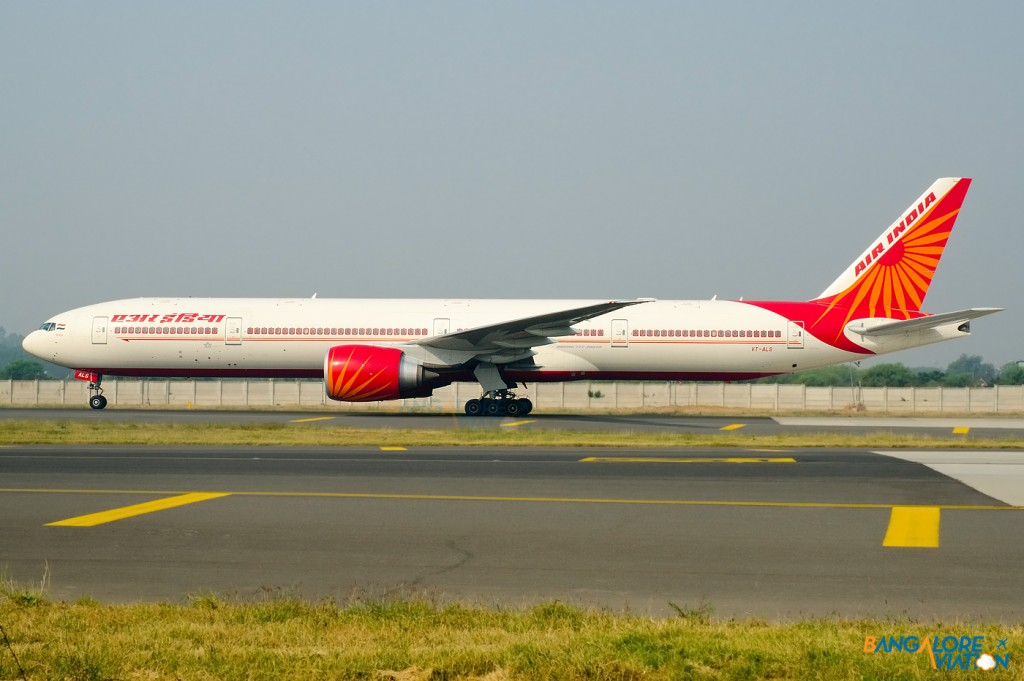 VT-ALS_Air_India_Boeing_777_300_ER_VIDP