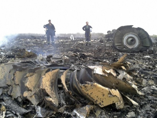 Malaysia Airlines MH17 crash 9M-MRD Engine Debris July 17, 2014 Boeing 777-200ER