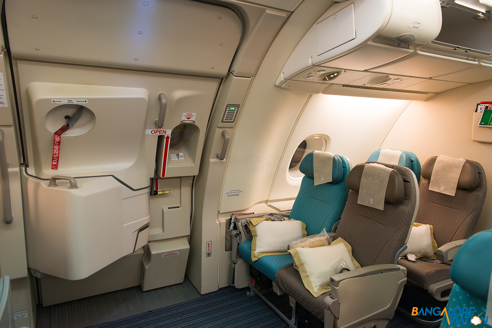 In Flight Review Singapore Airlines Business Class Airbus A380