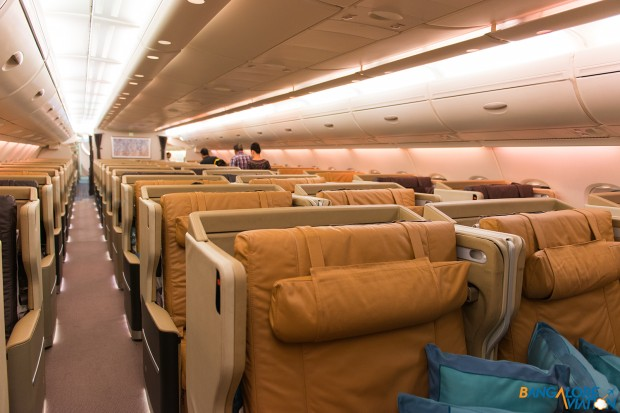 Singapore Airlines A380 four abreast Business Class