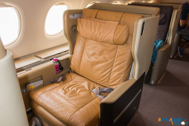 Singapore Airlines A380 1-2-1 Business Class
