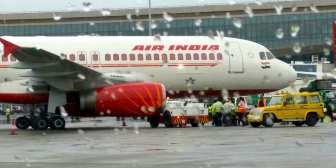 Air India Airbus A320 VT-EPJ hit and damaged by tractor