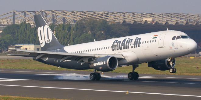 GoAir Airbus A320 VT-WAI lands at Mumbai airport. Photo by Devesh Agarwal.