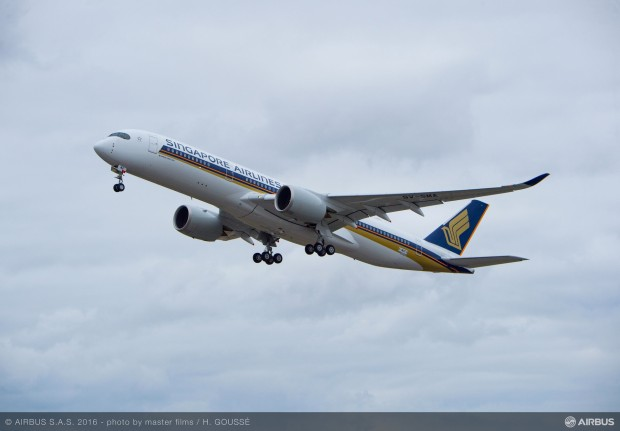First flight of Singapore Airlines' first A350-900 9V-SMA. Airbus image.