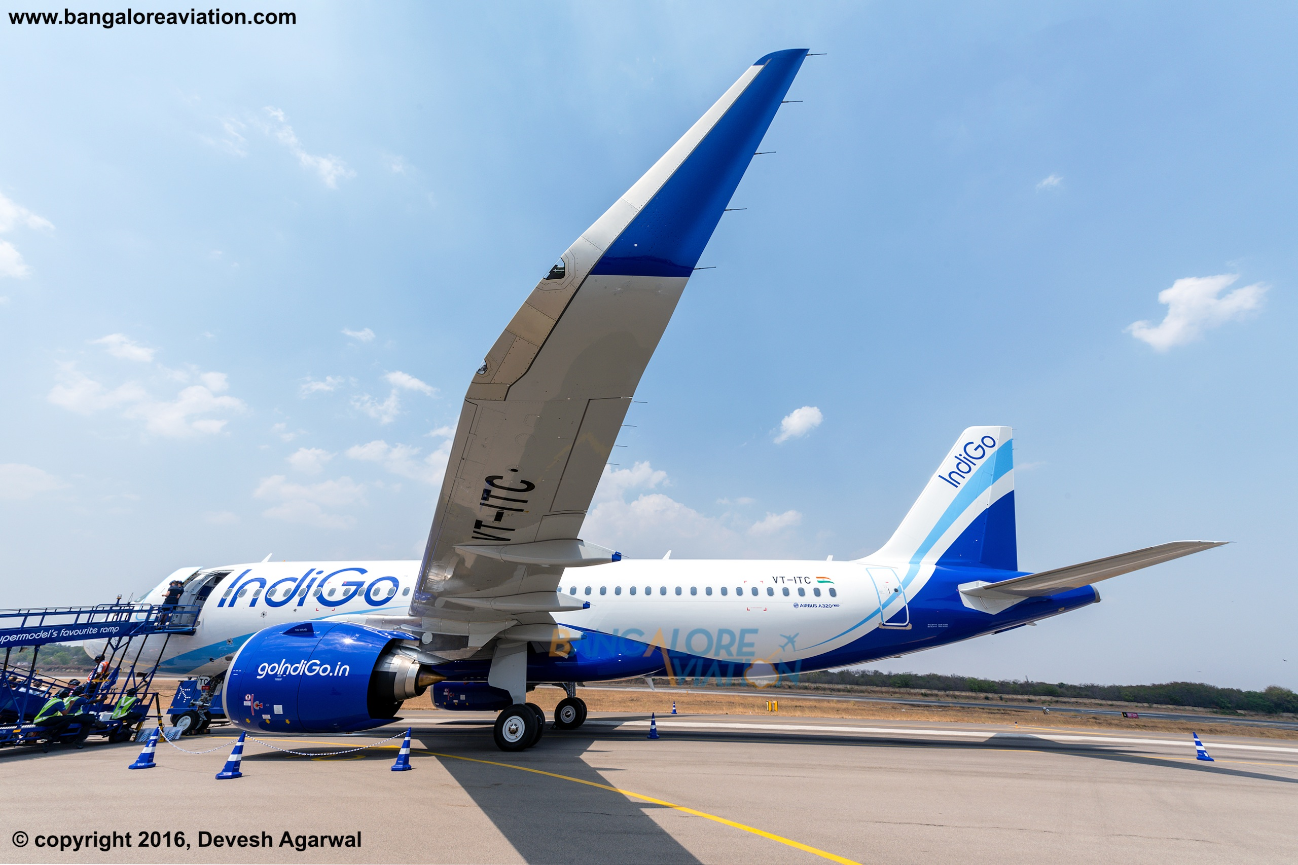 Exclusive photos from inside IndiGo's A320neo - Bangalore ...