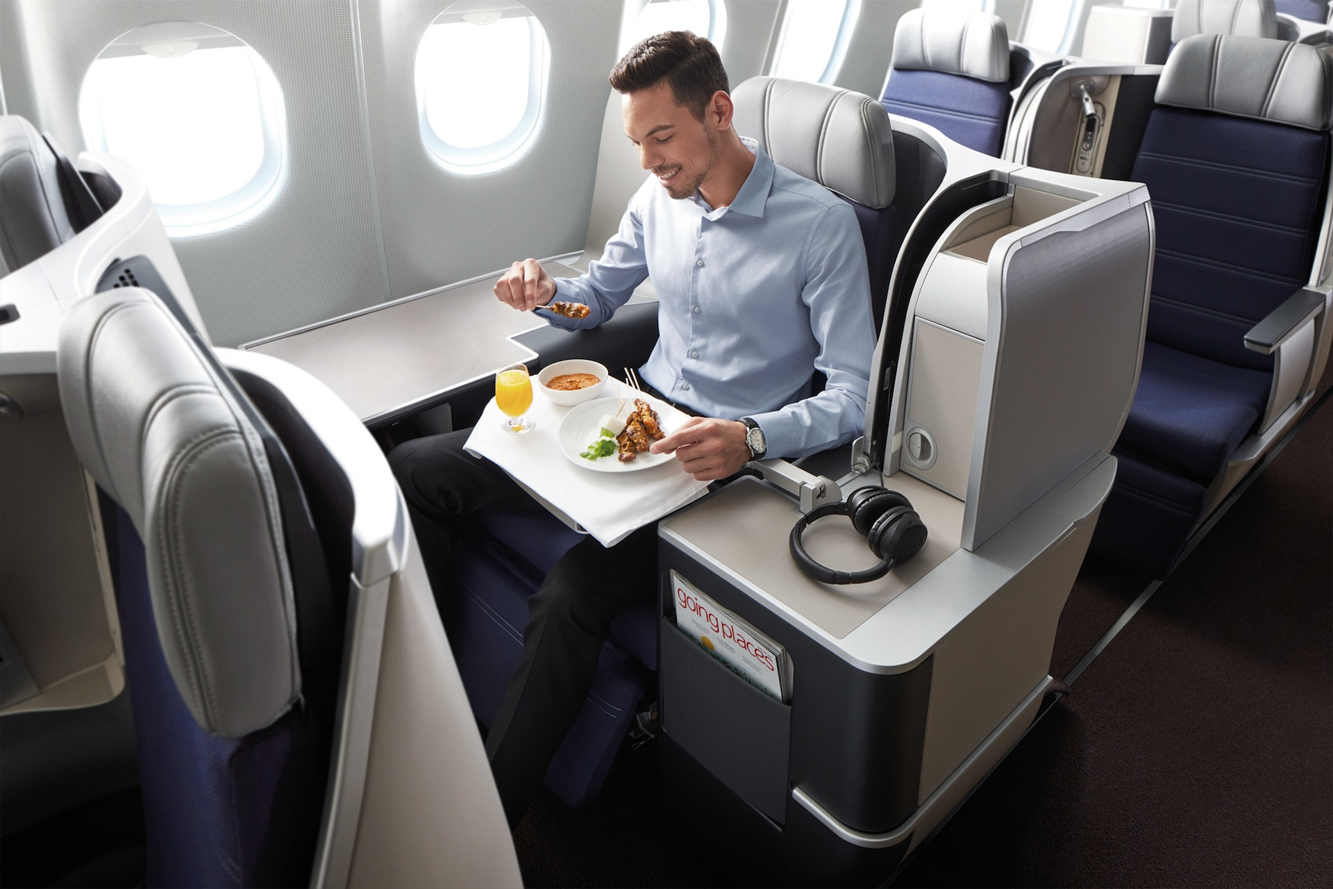 pictures of malaysia airlines 39 new a330 business class. Black Bedroom Furniture Sets. Home Design Ideas