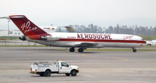 Aerosucre Boeing 727-200F freighter HK-4465. This image is licensed under CC-BY-SA 3.0 license. Image copyright www.aeroprints.com