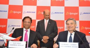 L&R Ajay Singh, CMD, Spicejet, Ray Conner, Vice Chairman, Boeing. In the middle Dinesh Keskar, SVP (Sales) for Asia-Pac and India, Boeing.