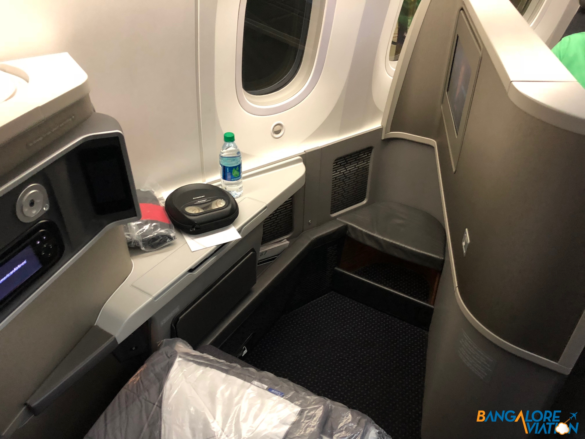 Inflight Review American Airlines Boeing 787 8 Business Chicago To London Bangalore Aviation