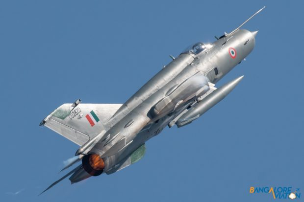 Indian Air Force Mig-21 CU2820.
